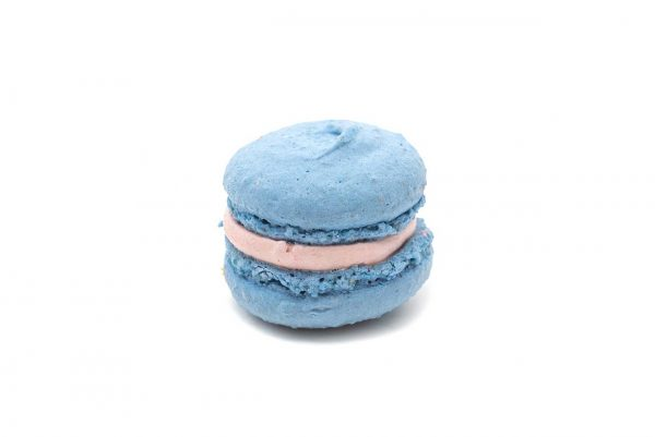 Macaron-van-amandel-en-casispuree-€-150.jpg